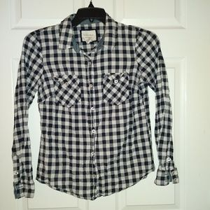 Forever 21 Long sleeve Button Down Shirt size M